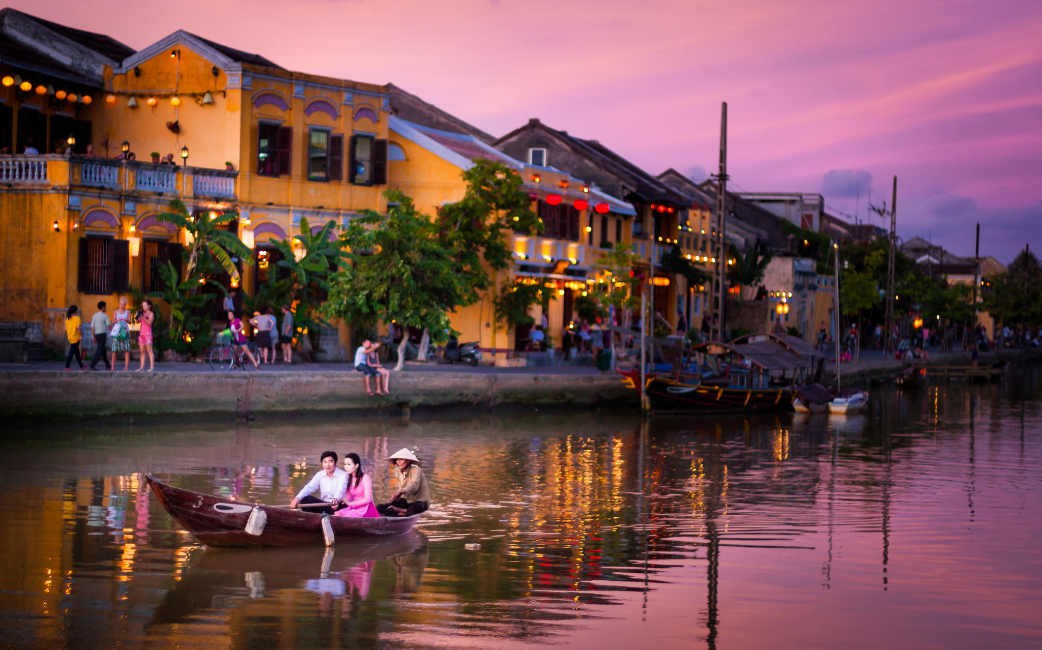 Ho Chi Minh City - Cu Chi - Da Nang - Hoi An - Hue - Ha Long (10 Days)